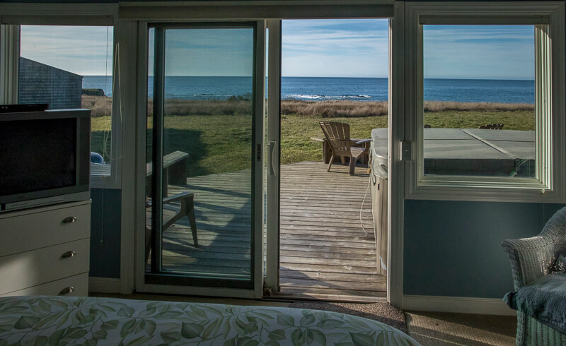 door from bedroom to back deck and hot tub