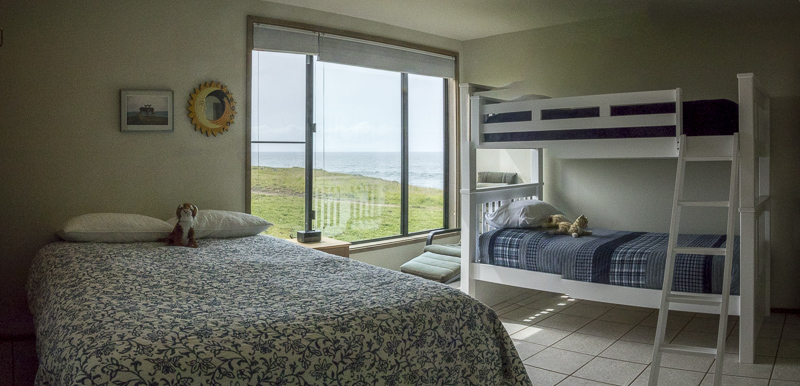 bedroom with bunk beds and double bed